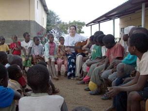 Rita Cardão deu assistência numa maternidade e num orfanato, em Moçambique Foto: DR