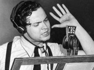 "Orson Welles adaptou a ""Guerra dos Mundos"" de Howard Koch baseado na obra de H.G. Wells Foto: DR"