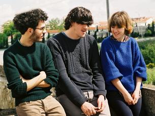 Zé Cardoso (no meio) foi o primeiro entrevistado, aqui ladeado por Paulo Catumba e Ana Manuel Foto: João Drumond