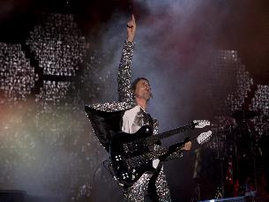 Muse atuam no primeiro dia da edição de 2015 do NOS Alive! Foto: Agência Zero