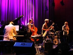 Os Bouncelab animaram a Sala 2 com muita improvisação Foto: Simão Freitas