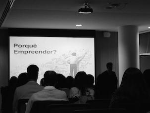 No UPTEC, para ouvir falar de empreendedorismo, estavam cerca de 70 jovens curiosos Foto: Anna Luisa Marotti