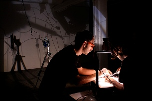Objetos criados no projeto poderão vir a ser patenteados Foto: iMAL.org / Flickr
