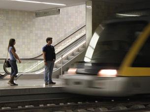 O metro do Porto pode iniciar já este verão um serviço noturno non