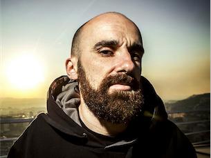 Mundo Segundo é um dos elementos da banda portuense Dealema Foto: DR