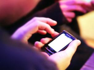 Hackers podem rastrear uma pessoa e seguir os seus movimentos quase em tempo real Foto: philcampbell/Flickr