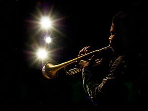 Os concertos de jazz começam sempre às 22h, nos jardins do Palácio de Cristal Foto: marcmonaghan/Flickr