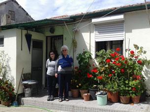 O Bairro da Engomadeira, no Porto, está preenchido de vizinhos que convivem como uma família Foto: Anabela Mendes