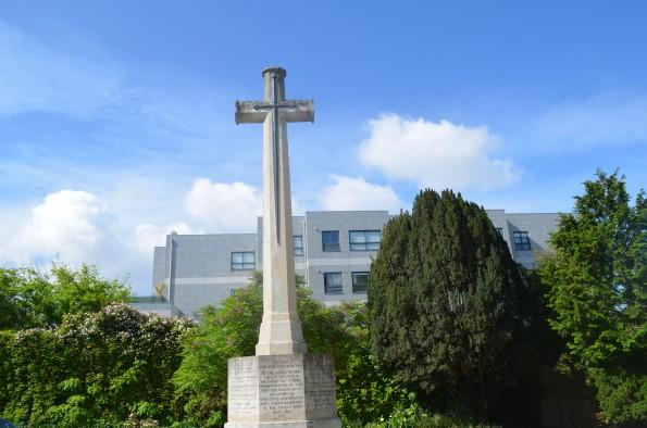 Monumento de homenagem aos britânicos do Porto que combateram nas duas Guerras Mundiais
