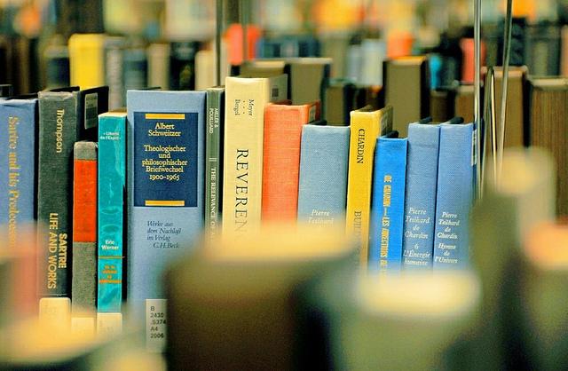 De 20 de novembro a 6 de dezembro o Porto Book Stock Fair leva livros para todos os gostos no Palácio de Cristal