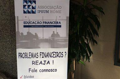As consultas financeiras começaram esta terça-feira na Foz do Douro