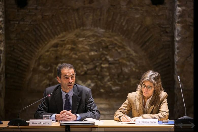 Manuel Heitor acompanhado da secretária de Estado Fernanda Rollo