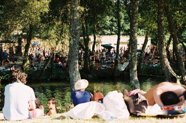 Todos os anos, é nas margens do Taboão que o Festival Paredes de Coura ganha vida