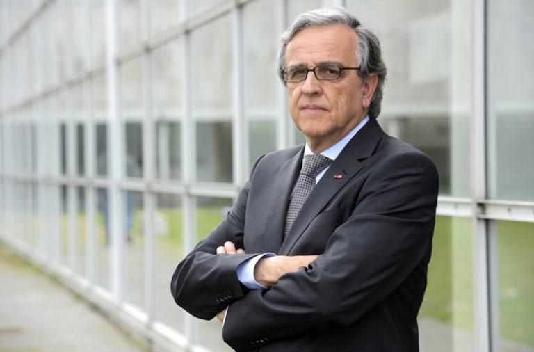 O reitor da Universidade do Porto receia que o Orçamento do Estado deste ano represente novo corte para as universidades