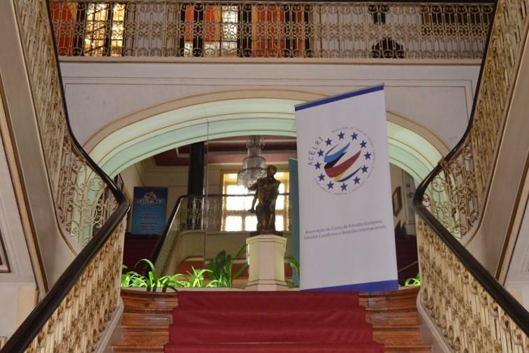 O debate aconteceu no Ateneu Comercial do Porto