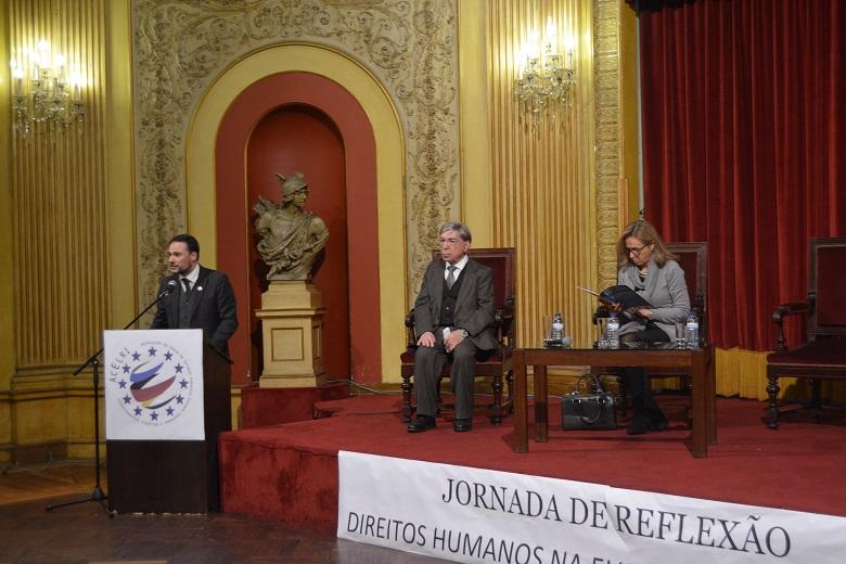 A sessão de abertura das Jornadas contou com a organização da ACELRI e Isabel Barro da reitoria da Universidade Lusófona