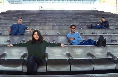 """Afonso, Isadora, Daniel e Diogo. Estes são os autores do podcast """"O Corpo é que Paga"""""""