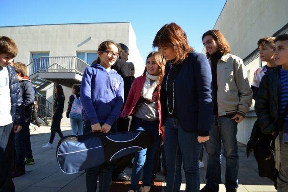 Visita da líder do Bloco de Esquerda à Escola do Cerco