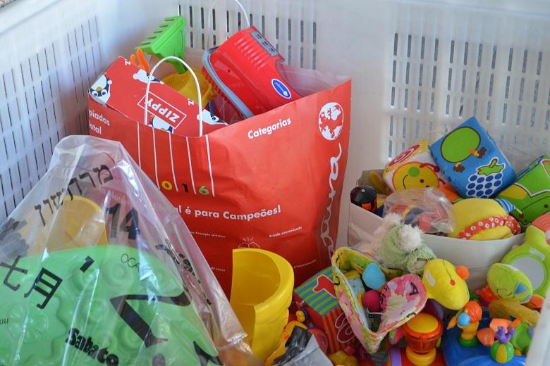 A Comissão de Voluntariado da Universidade do Porto organizou uma recolha de alimentos, roupa, produtos para animais e produtos de higiene