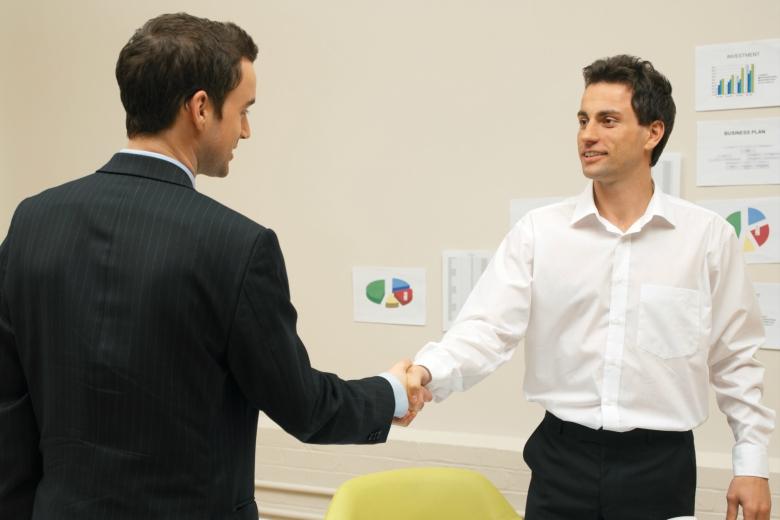 FJC Porto de Emprego dá oportunidade a estudantes de se ligarem com o mercado de trabalho
