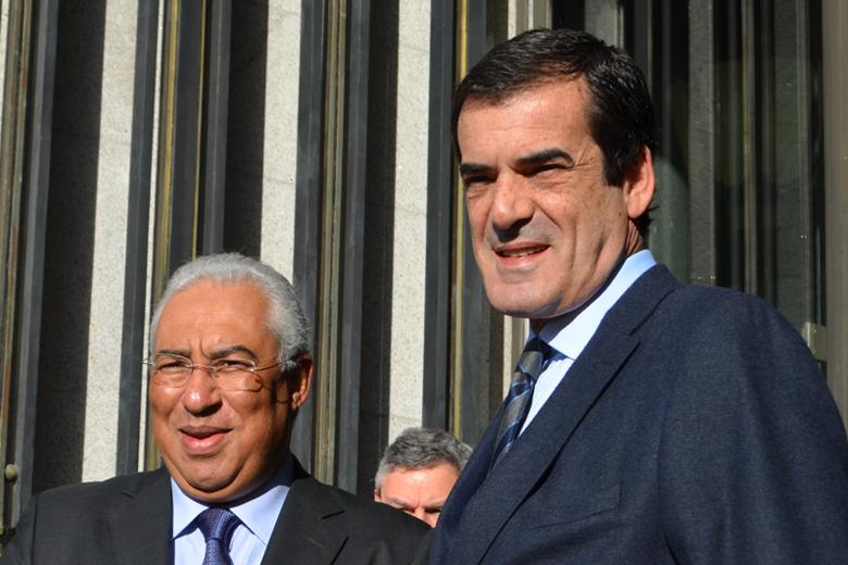 Rui Moreira deposita esperanças no Governo para reverter decisões da TAP