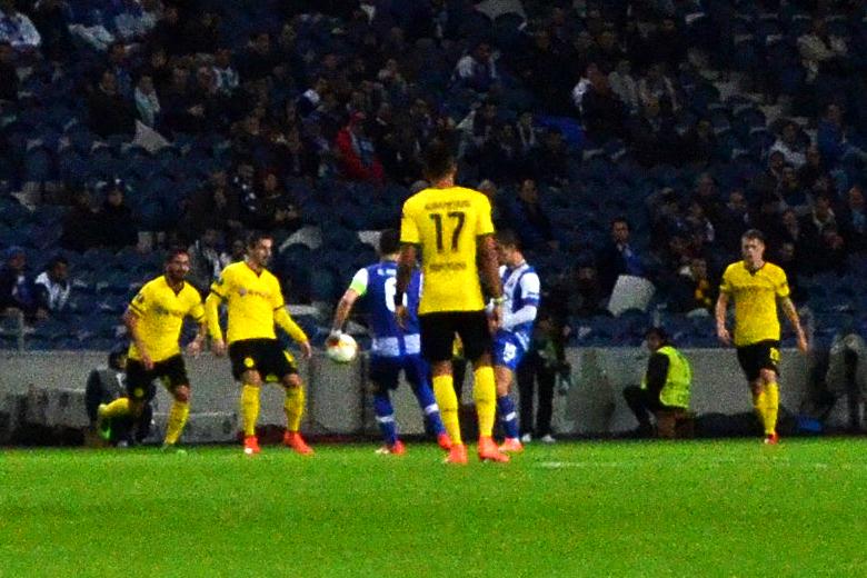 Depois de ter chegado aos quartos da Liga dos Campeões, o FC Porto fica esta época pelos 16-avos na Liga Europa