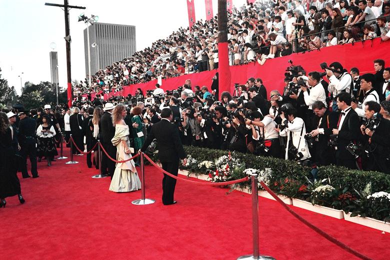 A cerimónia vai decorrer no domingo, no Teatro Dolby, em Los Angeles, Califórnia. O comediante Chris Rock é o anfitrião da festa.