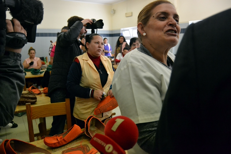 A presença de jornalistas alterou a rotina no estabelecimento prisional.