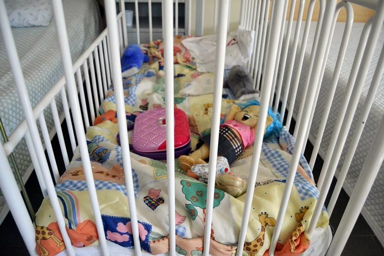 Há sete crianças a viver na prisão de Santa Cruz do Bispo.