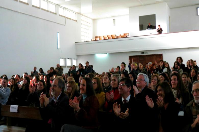 A plateia encheu-se de familiares e organizadores do projeto artístico PELE