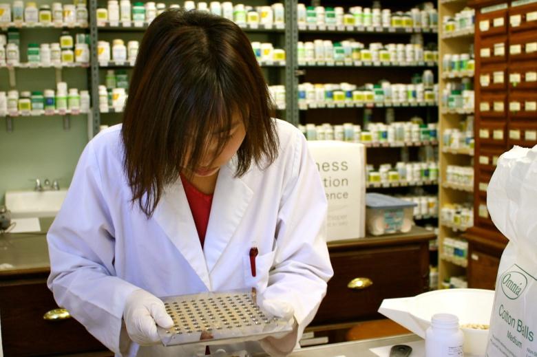 A Associação Nacional de Estudantes de Medicina e a Ordem dos Médicos defendem a redução de vagas para os cursos de Medicina