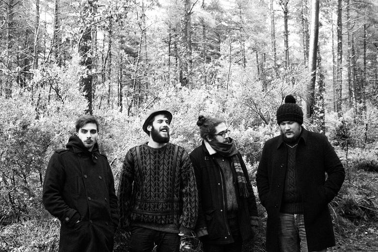 A banda portuense é constituída por 4 membros