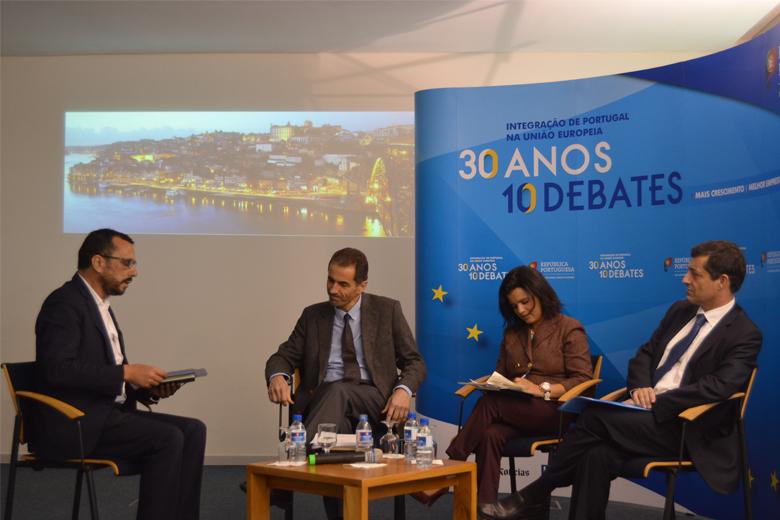O debate contou com Manuel Heitor, Nilza de Sena e Carlos Torrinha, moderado por Paulo Baldaia