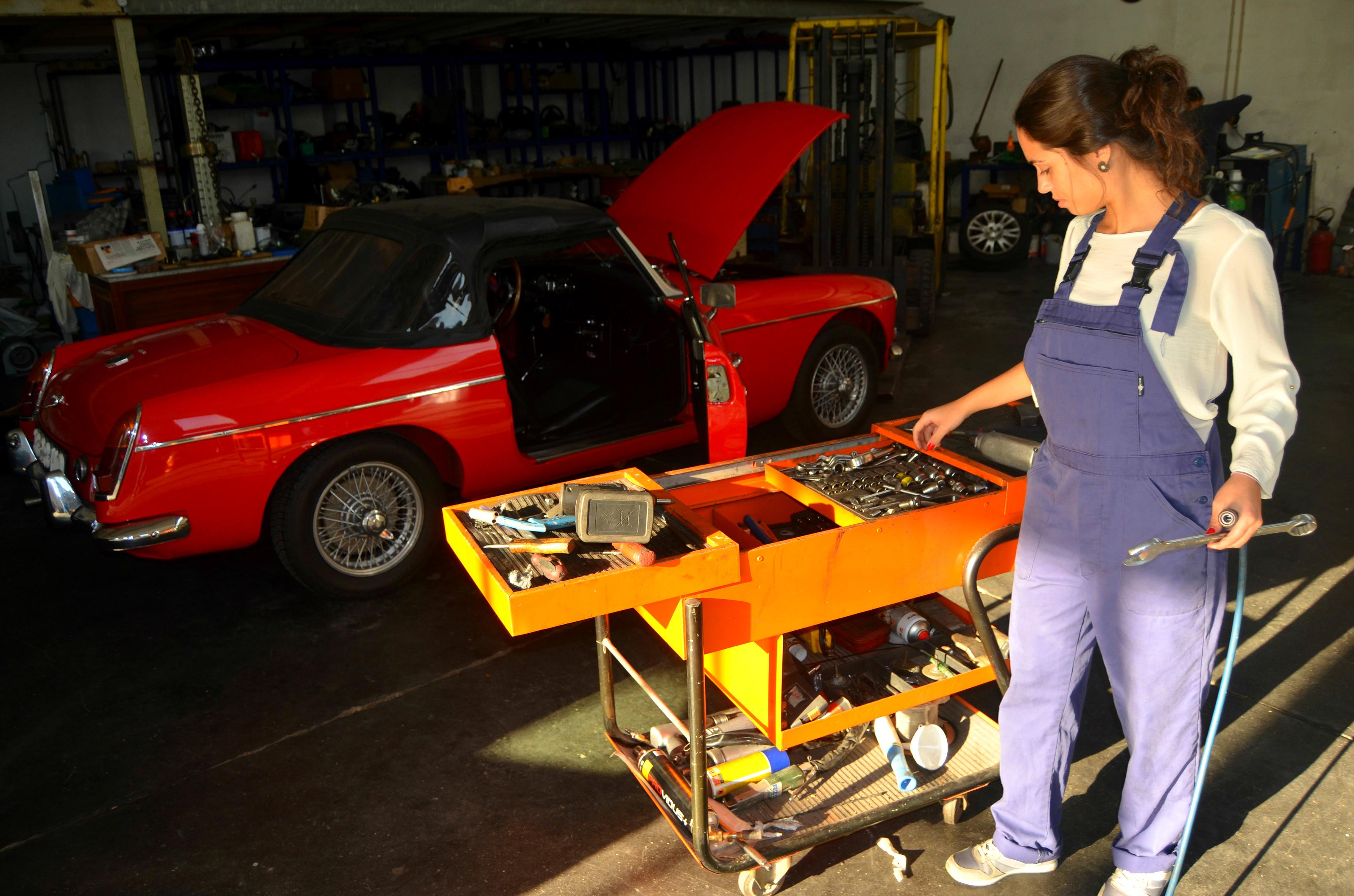 O ideal para Joana seria aliar a mecânica à multimédia e poder fazer disso futuro