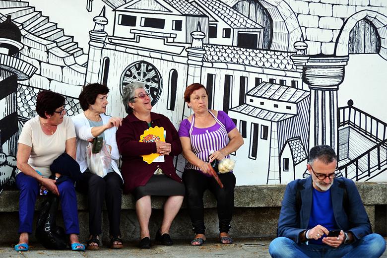 As mulheres em Portugal votam sem restrições desde 1974