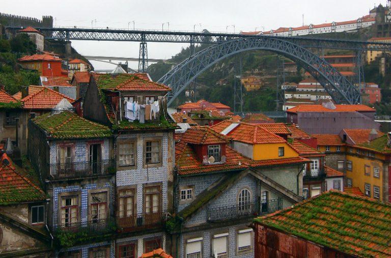 A equipa multidisciplinar liderada por Rui Moreira vai manter o carácter industrial do edifício