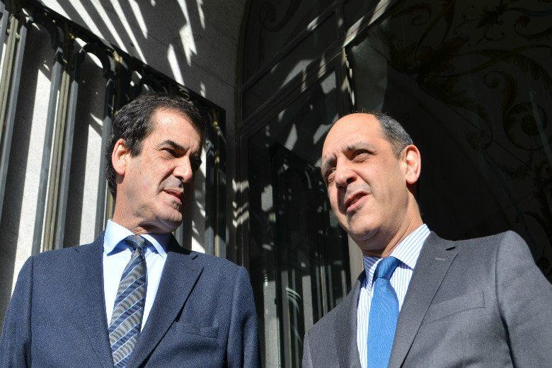 Rui Moreira e os vereadores da Câmara do Porto assistiram à apresentação na fila da frente