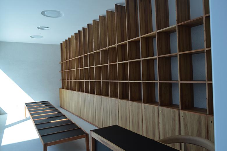 O edifício reabilitado dirige-se mais ao público e vai ter uma livraria