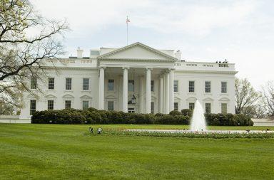 Hillary Clinton e Donald Trump são apontados como os favoritos para concorrem à Casa Branca