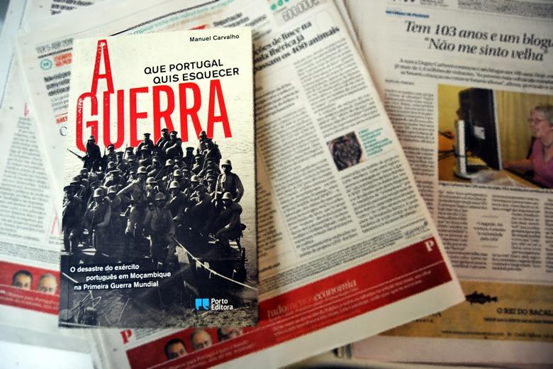 """""""A Guerra que Portugal quis esquecer"""" é o livro do jornalista Manuel Carvalho sobre a frente africana da I Guerra Mundial"""