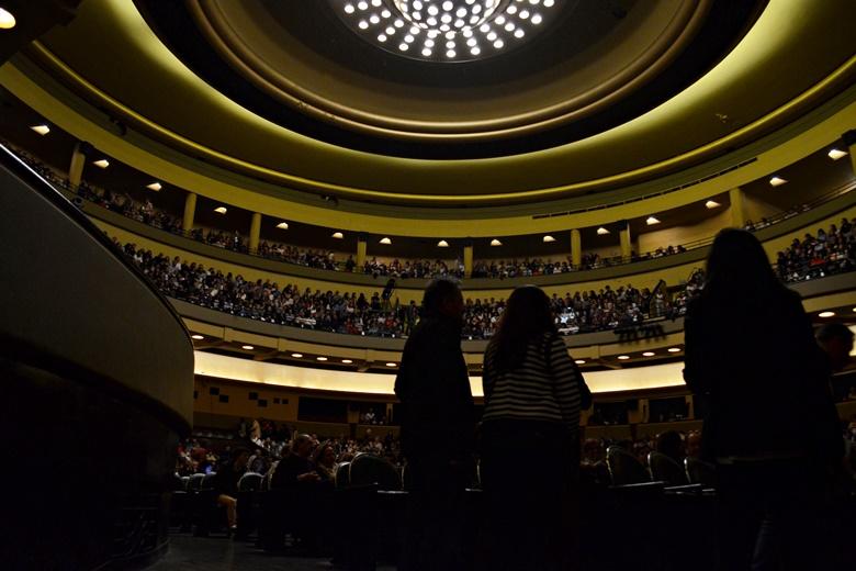 Três mil pessoas encheram esta segunda-feira o Coliseu Porto