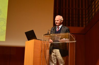 Alain Carpantier ganhou o Prémio Lasker em 2007, um prémio atribuído a profissionais que tenham contribuído significativamente para o avanço da Medicina