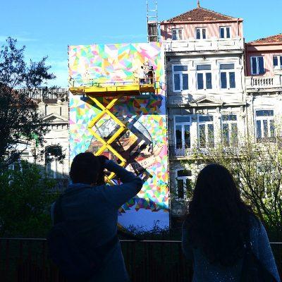 Dia 3: Várias pessoas tiraram fotografias ao tabalho em construção de MrDheo e Pariz One