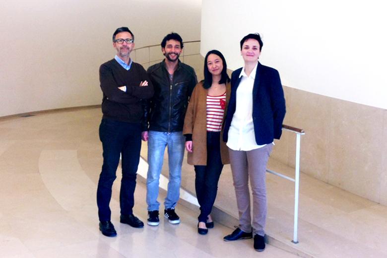 Bernardo dos Passos, Maria Li e Juliana Rocha estão a estagiar na China. Marco Ginoulhiac é o professor responsável pelo protocolo