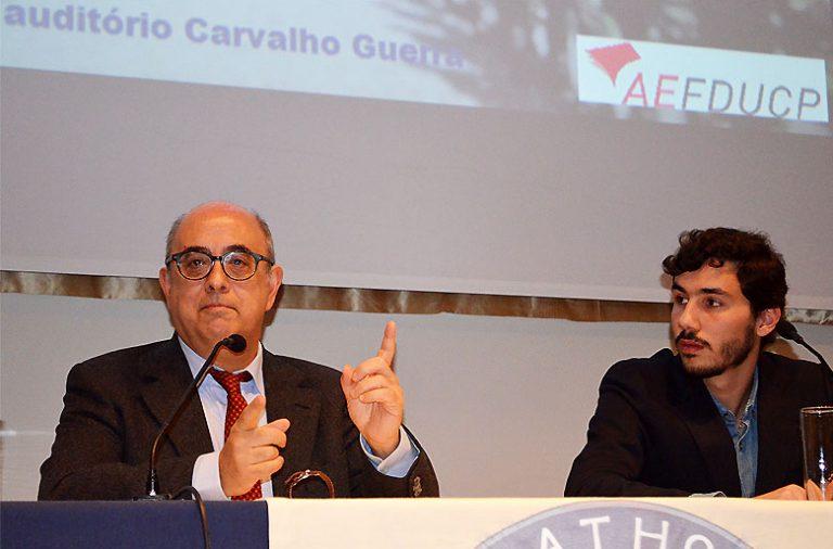 Esta sexta-feira, Azeredo Lopes, ministro da Defesa discutiu os desafios que a Europa enfrenta a nível de segurança e política externa