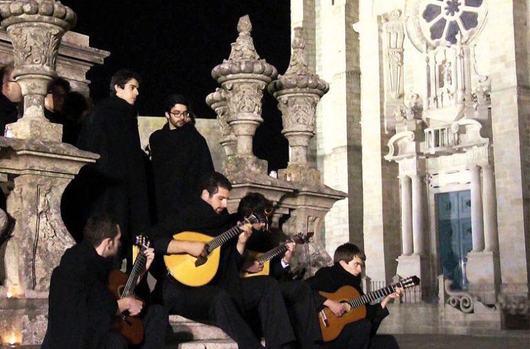 A serenata académica do Grupo de Fados do Orfeão da UP realiza-se no próximo sábado, pelas 21h30, na Sé do Porto.