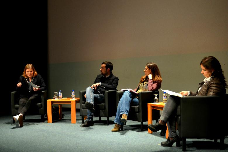 Debate sobre violência no namoro conta com a presença de Capicua e Marlene Matos