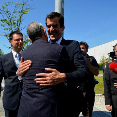 Marcelo Rebelo de Sousa cumprimentou o Presidente da Câmara Municipal do Porto com um abraço