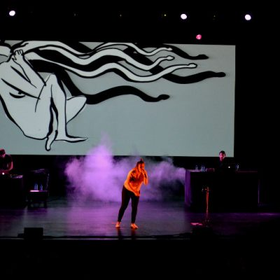 Durante o concerto, Capicua fez vários apelos para problemas sociais.