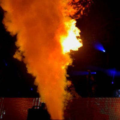 O espetáculo de Kura esteve recheado de fogo